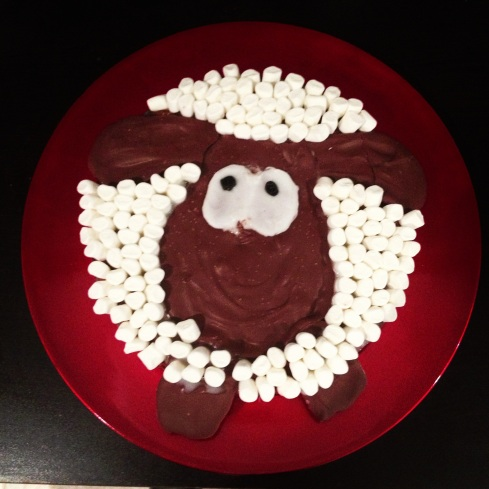 Tada! My Shaun the sheep cake