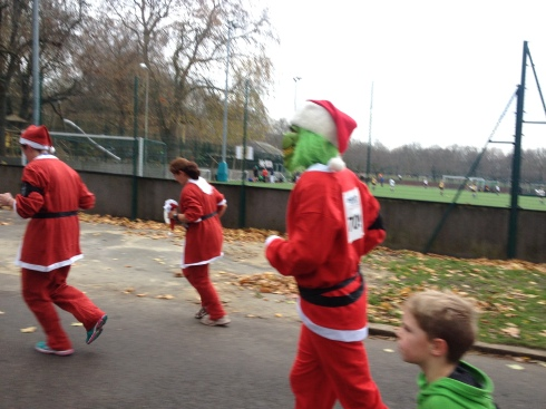 london santa run battersea park (14)